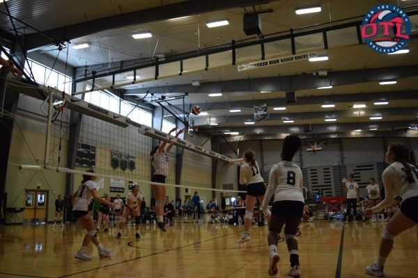 How To Be A Better Middle Hitter In Volleyball